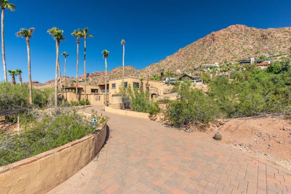 Photo of 5320 E ROCKRIDGE Road, Phoenix, AZ 85018