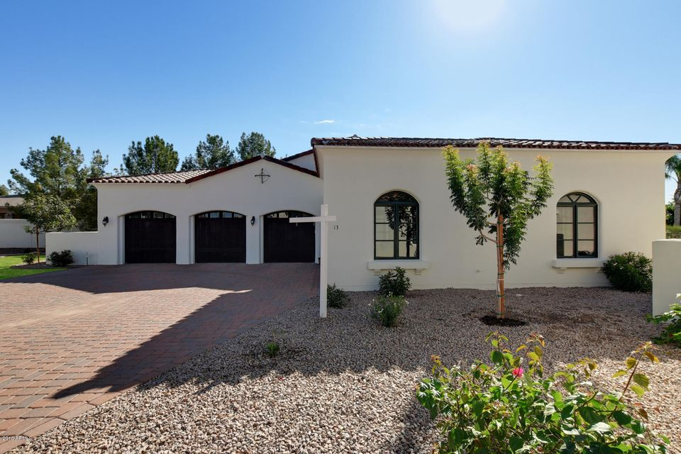 Photo of 1777 W OCOTILLO Road #13, Chandler, AZ 85248
