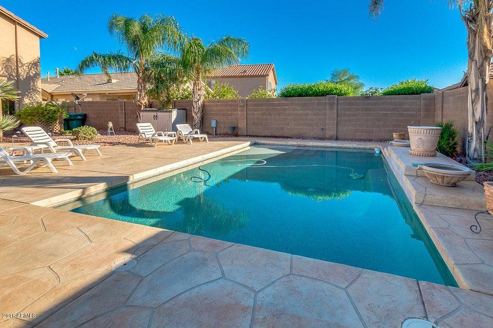 MLS 5835452 41761 W WARREN Lane, Maricopa, AZ Maricopa AZ Private Pool