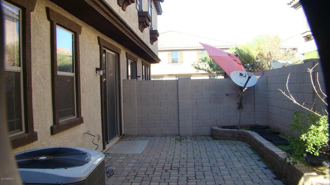 Photo of 1421 N 81ST Lane, Phoenix, AZ 85043