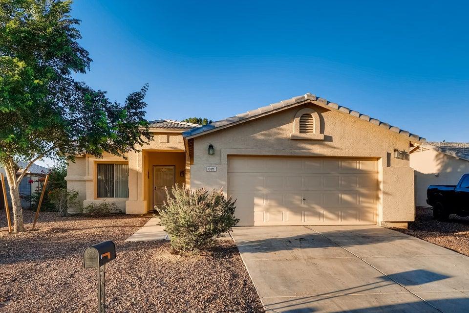 Photo of 812 E LONG Avenue, Buckeye, AZ 85326