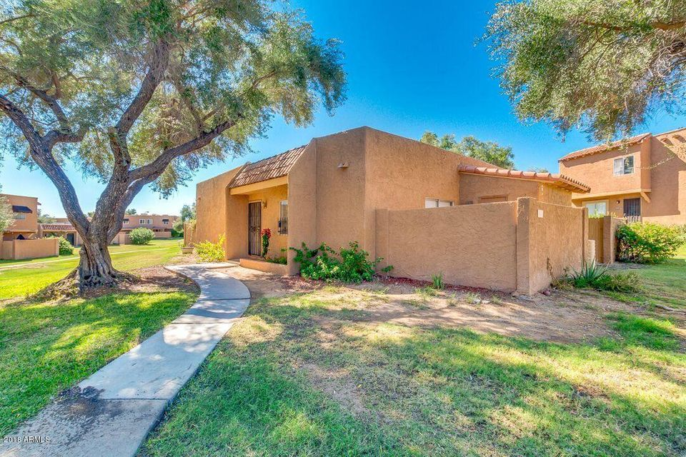 Photo of 817 E COCHISE Drive, Phoenix, AZ 85020