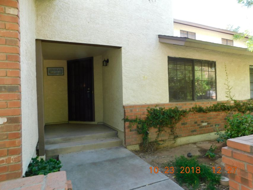 Photo of 170 E GUADALUPE Road #24, Gilbert, AZ 85234