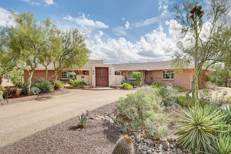 Photo of 5229 E LONE MOUNTAIN Road, Cave Creek, AZ 85331