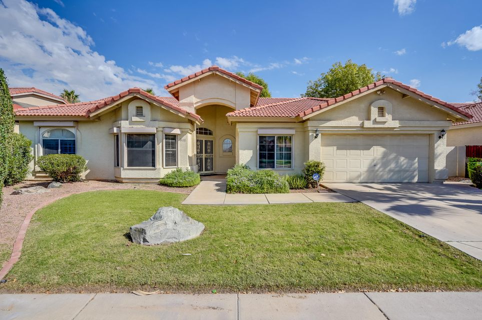 Photo of 3109 N MEADOW Drive, Avondale, AZ 85392