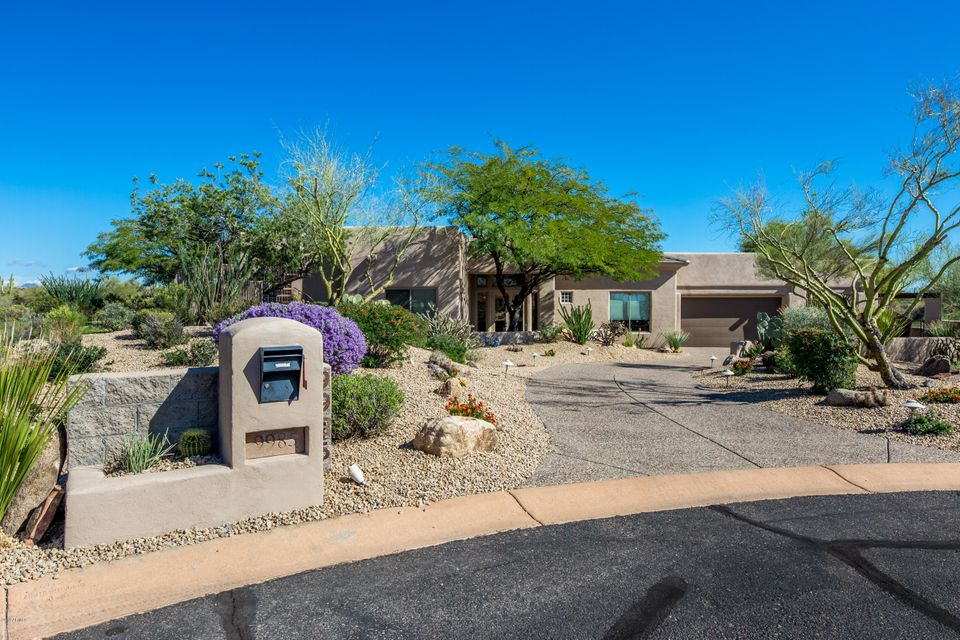 Photo of 9985 E WHITEWING Drive, Scottsdale, AZ 85262