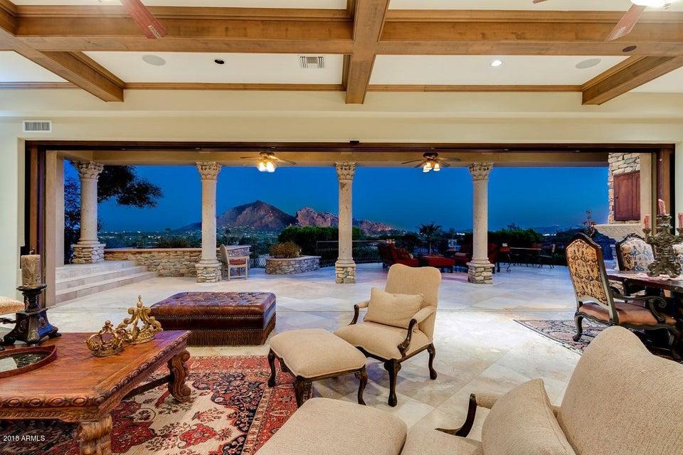 Photo of 4541 E MOONLIGHT Way, Paradise Valley, AZ 85253