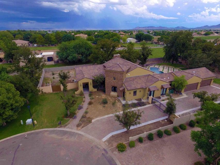 Photo of 15443 E PICKETT Court, Gilbert, AZ 85298