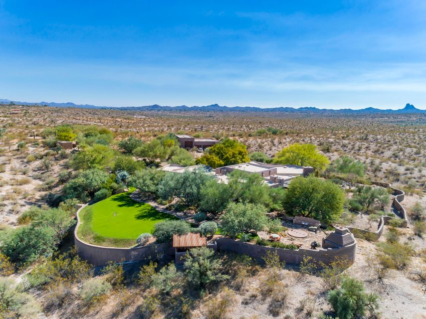 Photo of 19920 W VERDE HILLS Drive, Wickenburg, AZ 85390
