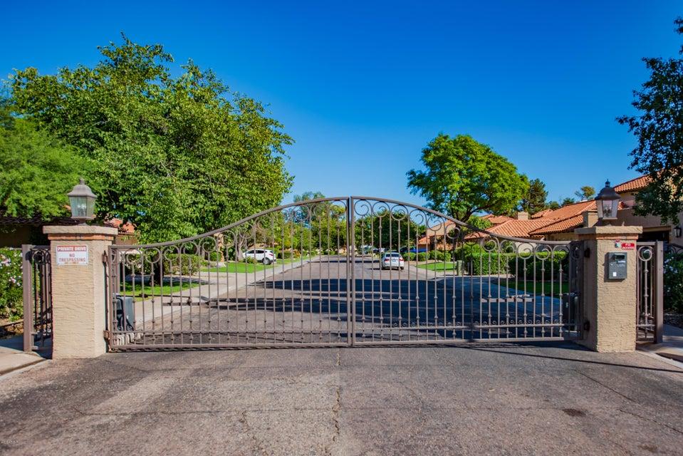Photo of 5427 E Piping Rock Road, Scottsdale, AZ 85254