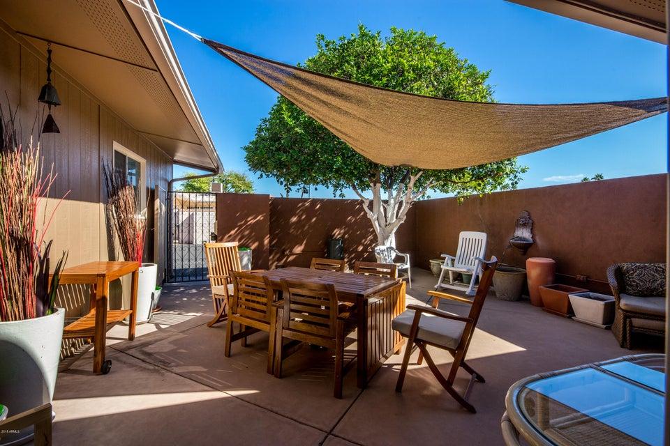 Photo of 9930 W PALMERAS Drive, Sun City, AZ 85373