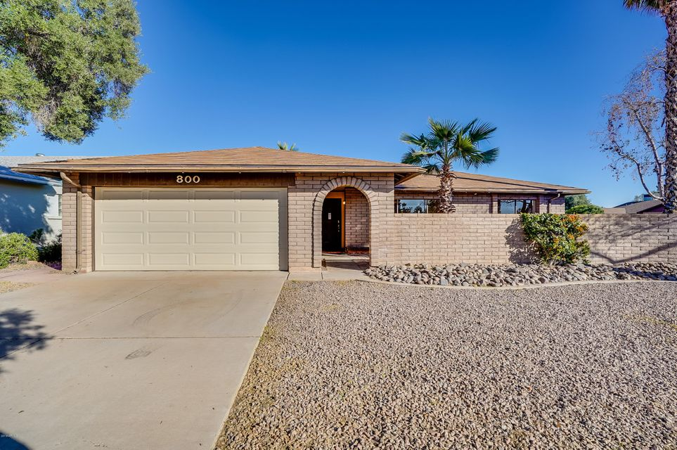 Photo of 800 W BELL DE MAR Drive, Tempe, AZ 85283