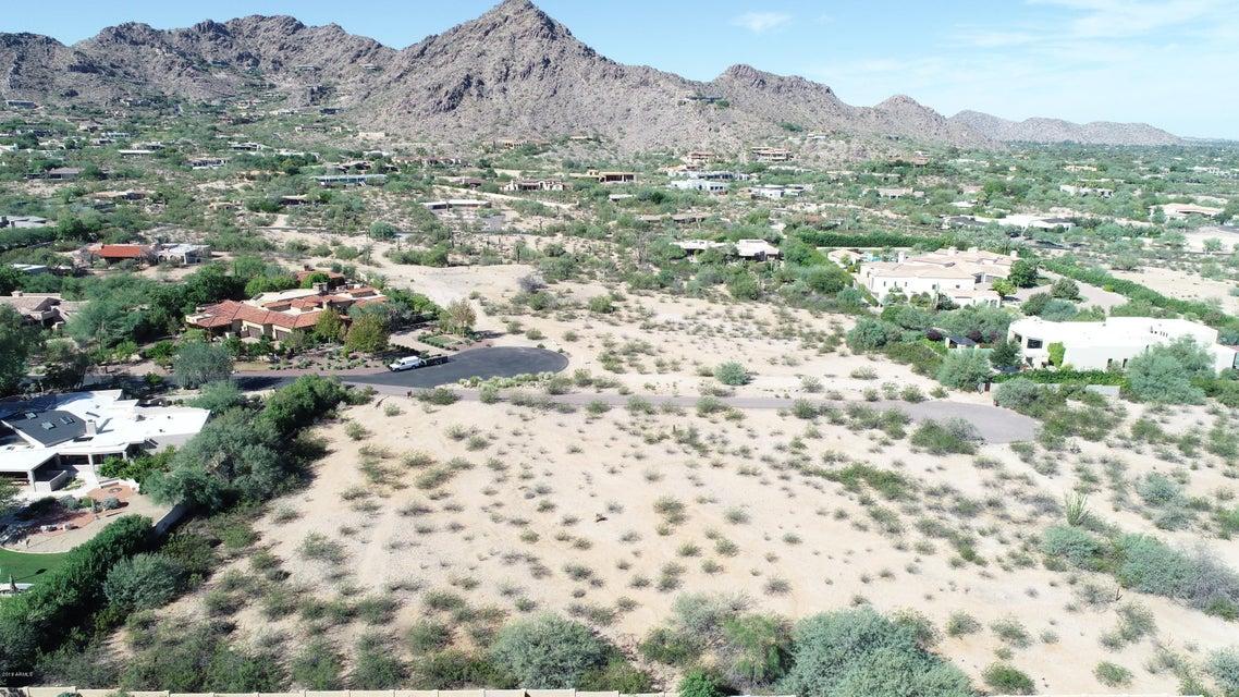 Photo of 7757 N Invergordon Road, Paradise Valley, AZ 85253