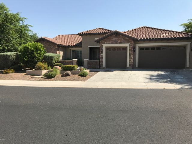Photo of 26504 W RUNION Lane, Buckeye, AZ 85396