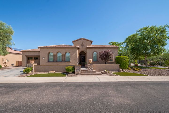 Photo of 12971 W FOSSIL Drive, Peoria, AZ 85383