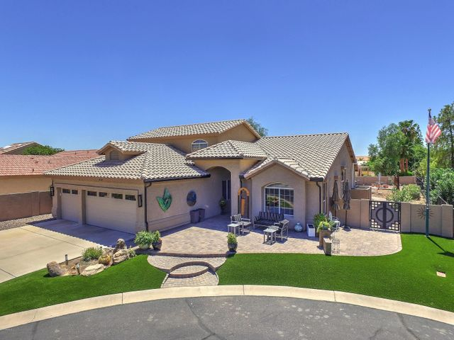 Photo of 11111 E CHESTNUT Court, Sun Lakes, AZ 85248