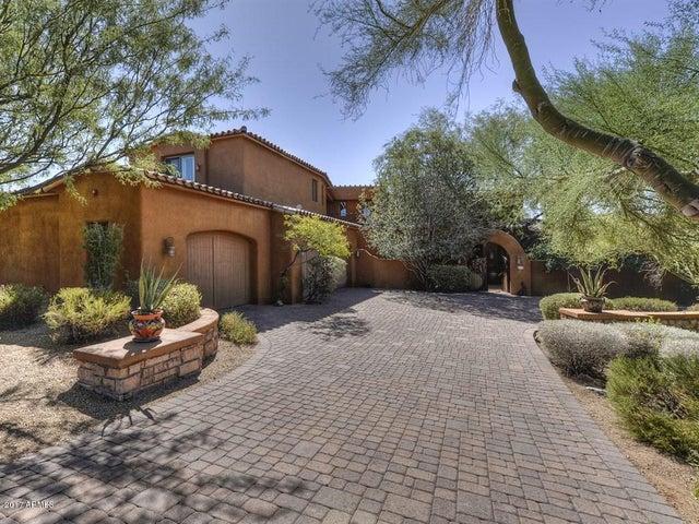 Photo of 10713 E SUNDANCE Trail, Scottsdale, AZ 85262
