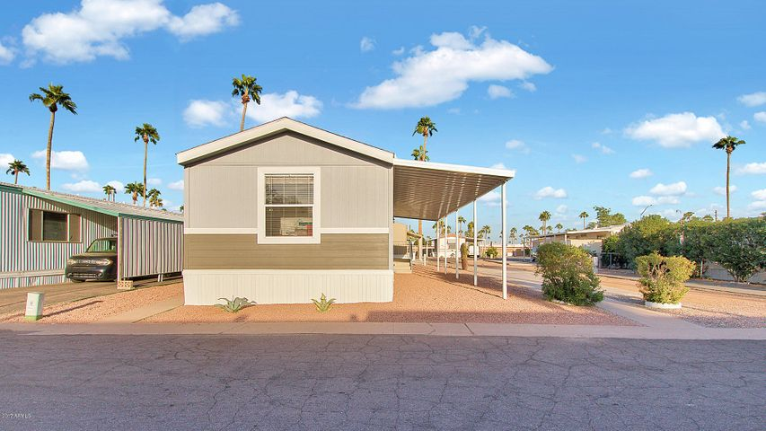 Photo of 2701 E ALLRED Avenue #128, Mesa, AZ 85204