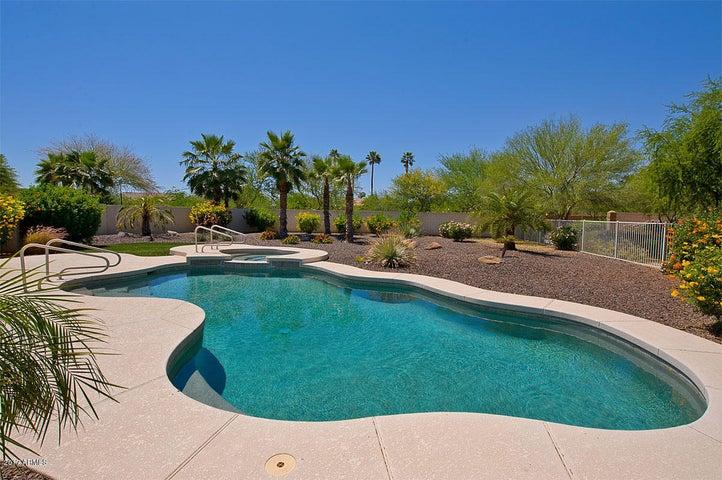 Photo of 16276 W EARLL Drive, Goodyear, AZ 85395