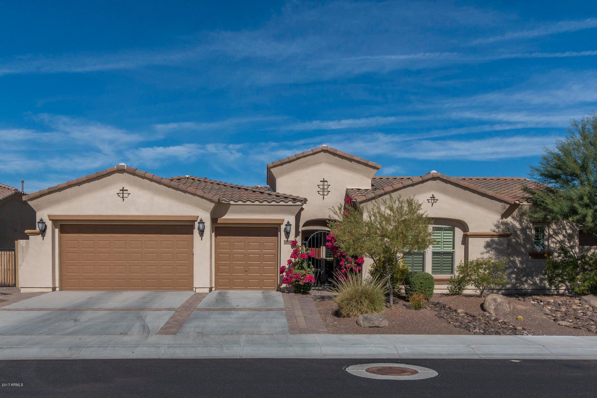 Photo of 18108 W DESERT SAGE Drive, Goodyear, AZ 85338