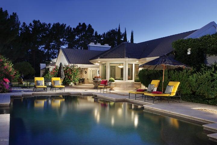 Photo of 87 BILTMORE Estate, Phoenix, AZ 85016