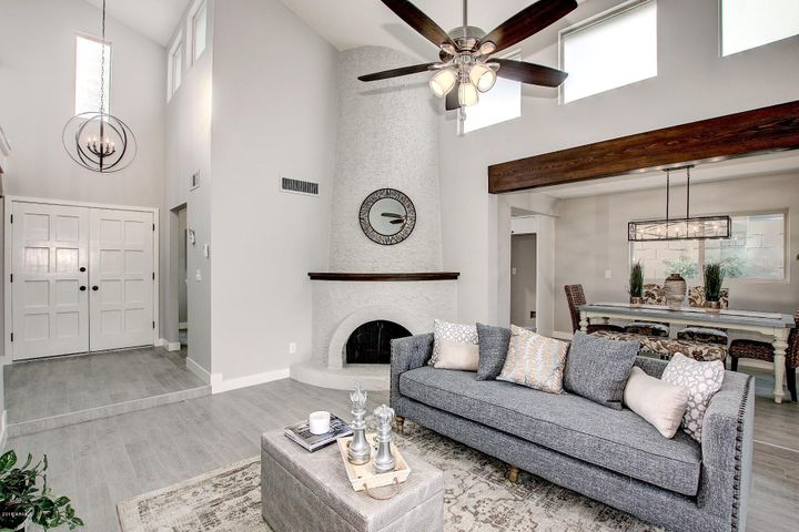 Photo of 1060 E CLINTON Street, Phoenix, AZ 85020