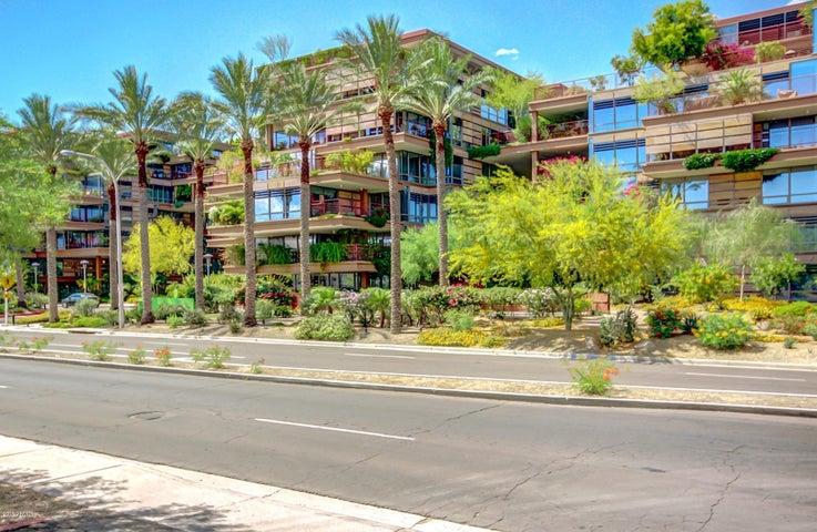 Photo of 7167 E RANCHO VISTA Drive #3011, Scottsdale, AZ 85251