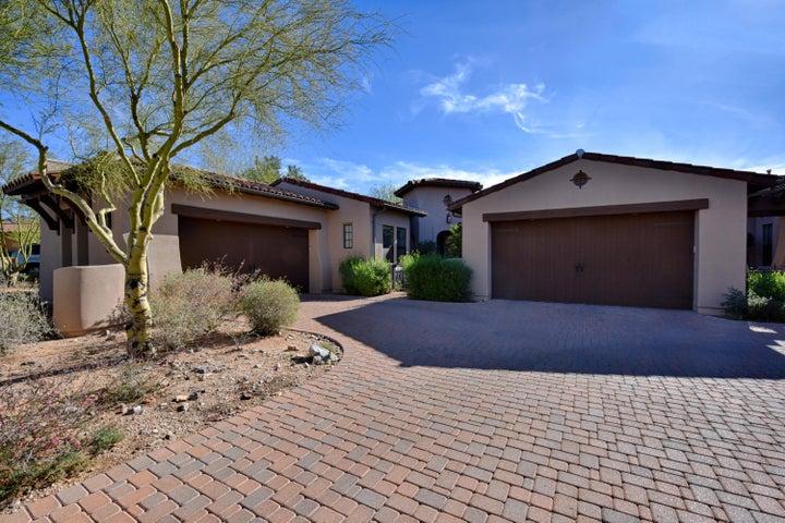 Photo of 9227 E Hoverland Road, Scottsdale, AZ 85255