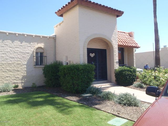 Photo of 7051 E MCDONALD Drive, Paradise Valley, AZ 85253