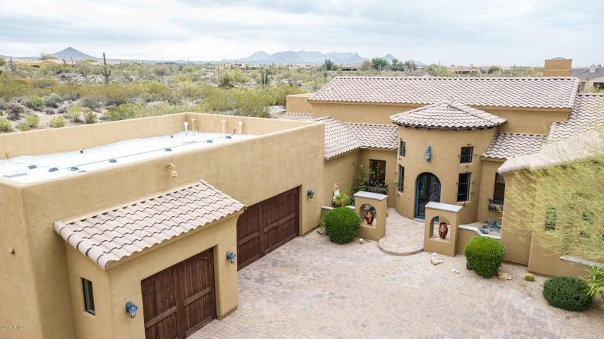 Photo of 8275 E HIGH POINT Drive, Scottsdale, AZ 85266