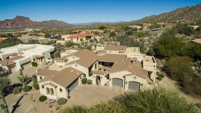 Photo of 7260 E EAGLE CREST Drive #10, Mesa, AZ 85207