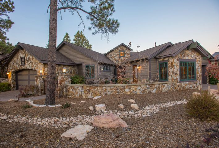 Photo of 1491 E Castle Hills Drive, Flagstaff, AZ 86005