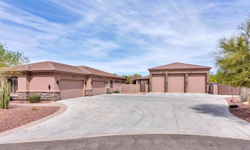 Photo of 10128 W REMUDA Drive, Peoria, AZ 85383