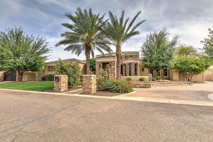 Photo of 3309 E SUNNYDALE Drive, Gilbert, AZ 85298