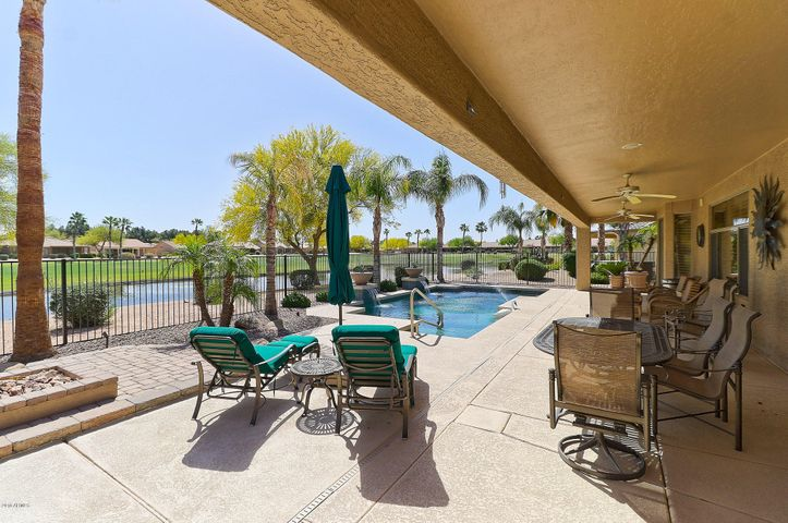 Photo of 24223 S Stoney Lake Drive, Sun Lakes, AZ 85248