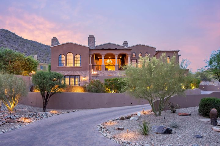 Photo of 11556 E DREYFUS Avenue, Scottsdale, AZ 85259