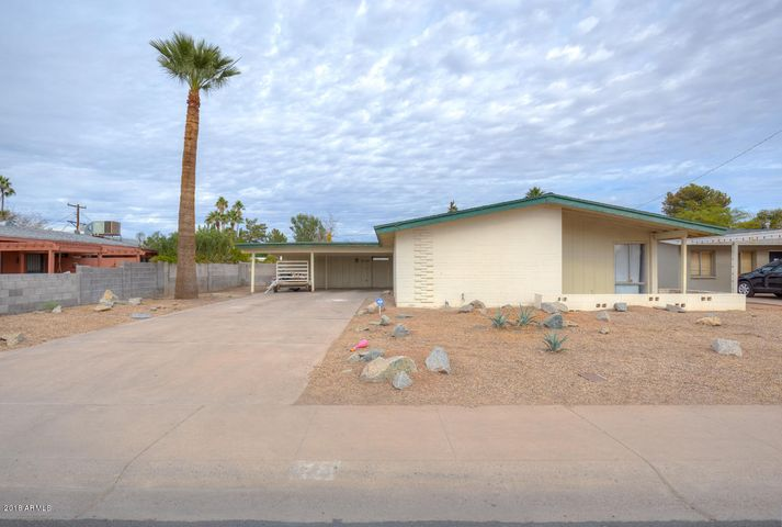 Photo of 1130 E LAGUNA Drive, Tempe, AZ 85282