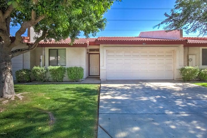 Photo of 6821 W Caron Drive, Peoria, AZ 85345