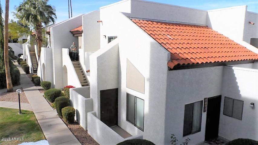 Photo of 4730 W NORTHERN Avenue #1115, Glendale, AZ 85301