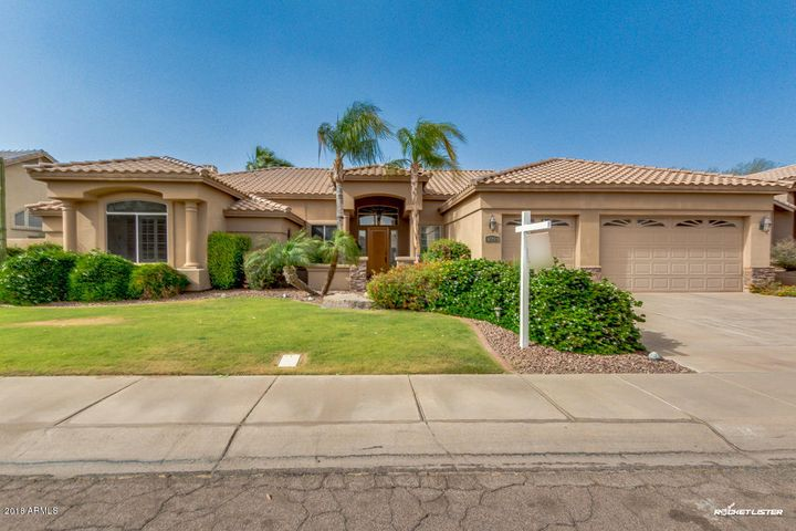 Photo of 3042 E DRY CREEK Road, Phoenix, AZ 85048
