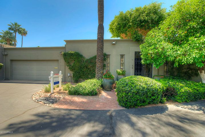 Photo of 5620 N SCOTTSDALE Road, Paradise Valley, AZ 85253