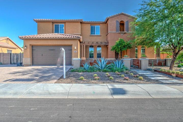 Photo of 3917 E ELLIS Street, Mesa, AZ 85205
