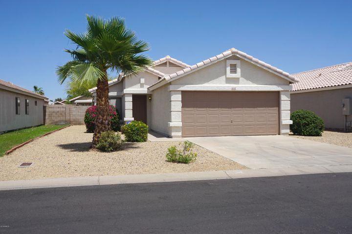 Photo of 15742 W YOUNG Street, Surprise, AZ 85374