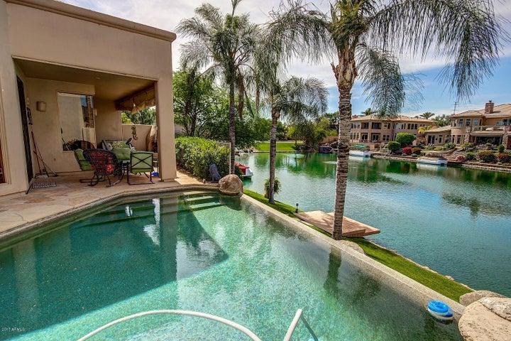 Photo of 10246 E GOLD DUST Avenue, Scottsdale, AZ 85258