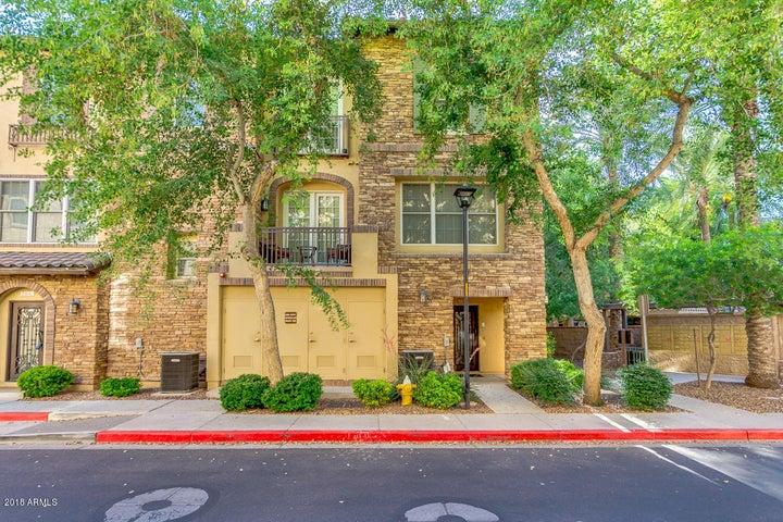 Photo of 2456 E MONTECITO Avenue, Phoenix, AZ 85016