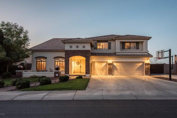 Photo of 9560 W KEYSER Drive, Peoria, AZ 85383