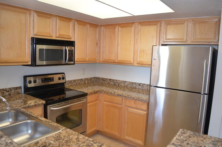 Photo of 5757 W EUGIE Avenue #2068, Glendale, AZ 85304