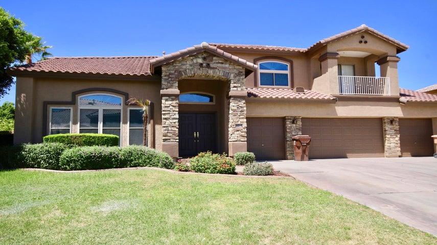 Photo of 8232 W Electra Lane, Peoria, AZ 85383