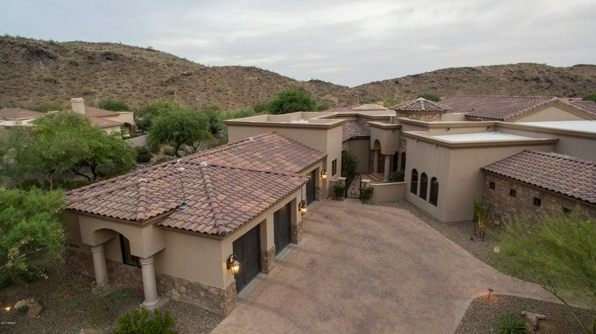 Photo of 14630 S PRESARIO Trail, Phoenix, AZ 85048