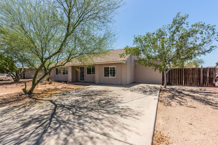Photo of 7133 W SHANGRI LA Road, Peoria, AZ 85345